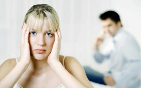Relationship anxiety and chronic worrying may be destryoing your romantic relationship