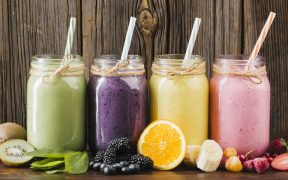 20 Best Ingredients For Healthy Juices And Smoothies